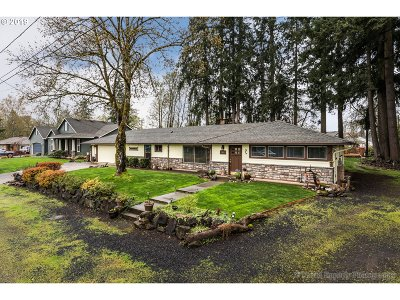 St. Helens Single Family Home Bumpable Buyer: 265 Shore Dr