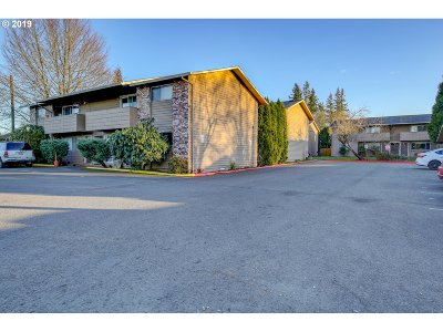 Beaverton Multi Family Home For Sale: 4085 SW 160th Ave