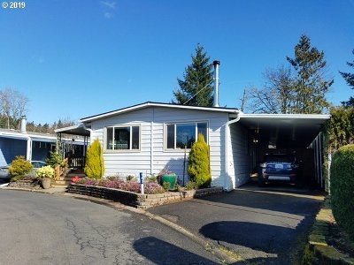 Clackamas OR Single Family Home For Sale: $114,900