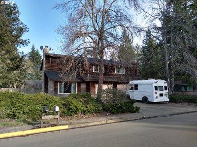 Veneta Multi Family Home For Sale: 87829 Ponderosa Dr