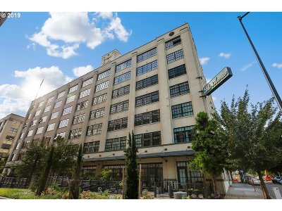 Condo/Townhouse For Sale: 1400 NW Irving St #622