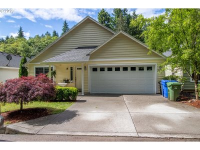 Sandy Single Family Home For Sale: 38495 Dubarko Rd