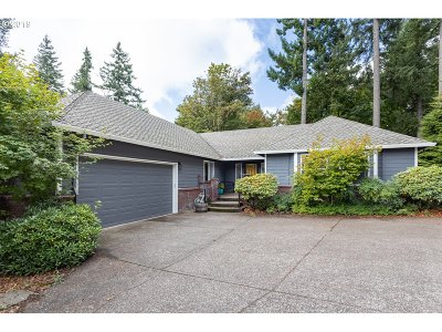 Clackamas OR Single Family Home For Sale: $579,900