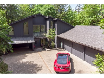 Portland Single Family Home For Sale: 5050 SW Patton Rd