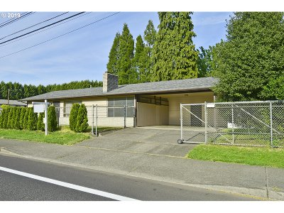 Gresham Single Family Home For Sale: 2800 SE 182nd Ave