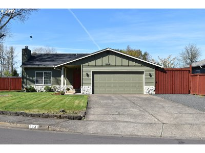 Eugene Single Family Home For Sale: 5241 Sugarpine Cir
