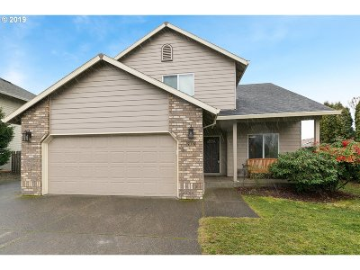 Canby Single Family Home For Sale: 559 S Ponderosa St