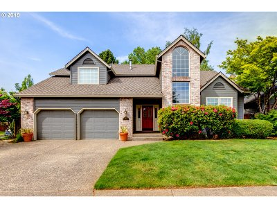 Tualatin Single Family Home For Sale: 10619 SW Bannoch Ct