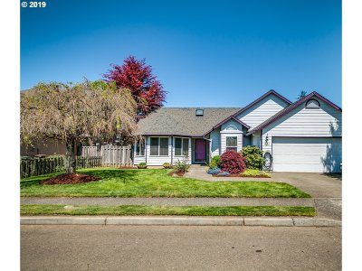 Canby Single Family Home Sold: 1372 SE 11th Loop