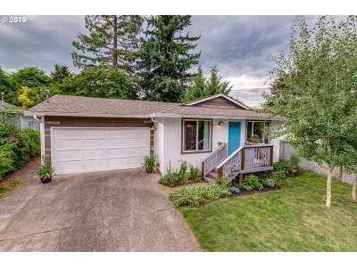 Camas Single Family Home For Sale: 137 NW 16th Ave