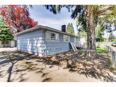 Multi Family Home For Sale: 215 SE 148th Ave