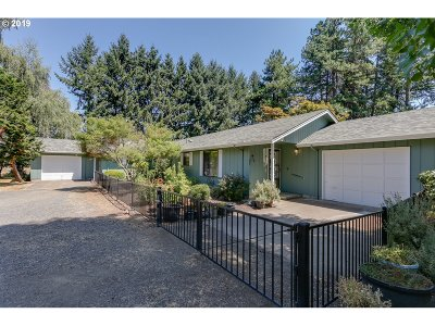 Junction City Single Family Home For Sale: 27614 Bud Vaughan Rd