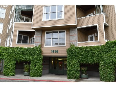 Portland Condo/Townhouse For Sale: 1616 SW Harbor Way #411