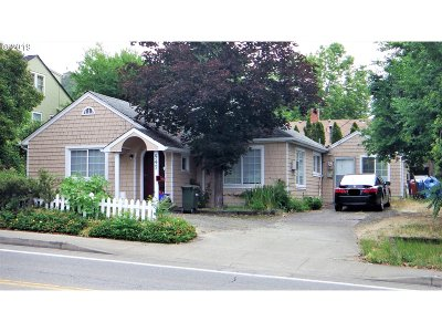 Roseburg Single Family Home For Sale: 547 NE Winchester St