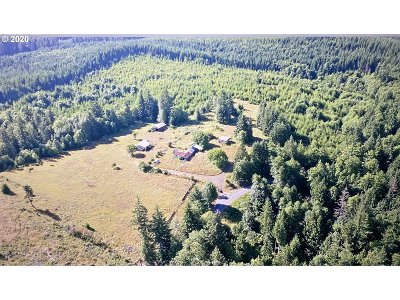 Scappoose Single Family Home For Sale: 27388 Chapman Grange Rd