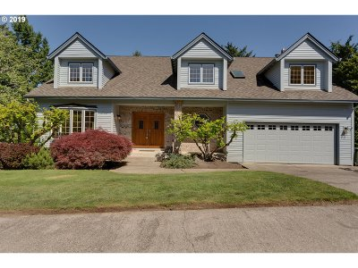 West Linn Single Family Home For Sale: 19627 Wildwood Dr