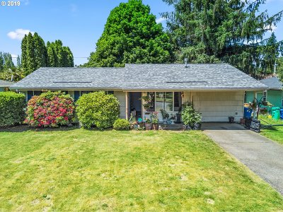 Portland Single Family Home For Sale: 1345 SE 179th Ave