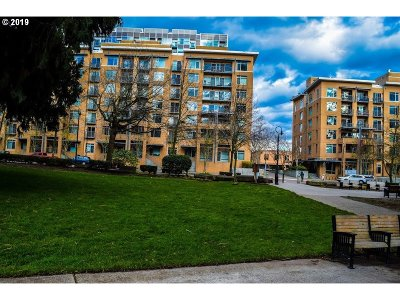 Vancouver Condo/Townhouse For Sale: 701 Columbia St #104
