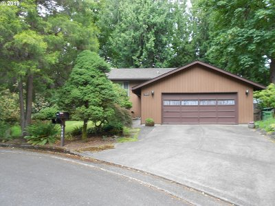 Lake Oswego Single Family Home For Sale: 3600 Red Cedar Way