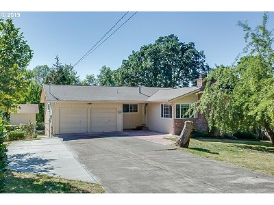 Beaverton Single Family Home For Sale: 7185 SW 189th Ave