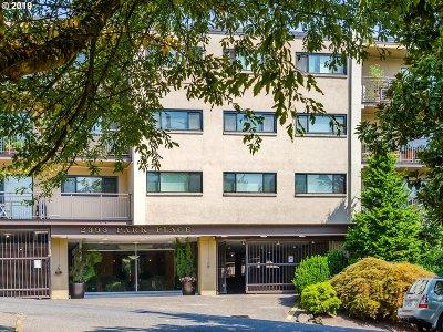 Portland Condo/Townhouse For Sale: 2393 SW Park Pl #110