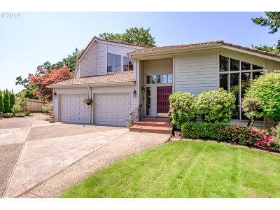 Salem Single Family Home For Sale: 1761 NW Cumulus Ct