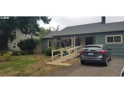 Hillsboro, Forest Grove Single Family Home For Sale: 720 SE 7th Ave