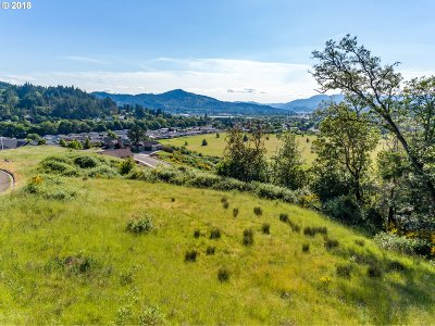 Sutherlin Residential Lots & Land For Sale: 705 Valley Vista St #4