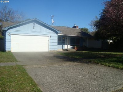 Coos Bay Single Family Home For Sale: 1126 Michigan
