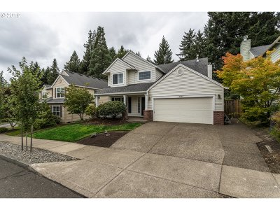 Clackamas OR Single Family Home For Sale: $449,900
