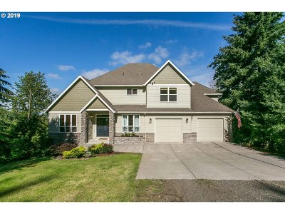 Clackamas County Single Family Home For Sale: 10011 SE 257th Dr