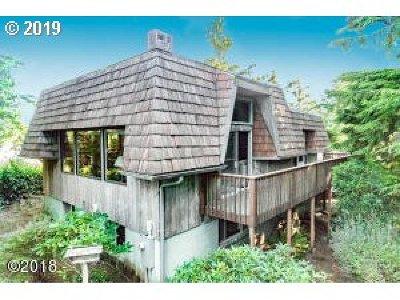 Single Family Home For Sale: 8 Spruce Glen Rd