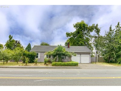 Single Family Home For Sale: 1305 Echo Hollow Rd