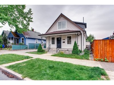 Portland Single Family Home For Sale: 2217 N Terry St