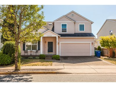 Clackamas OR Single Family Home For Sale: $469,000