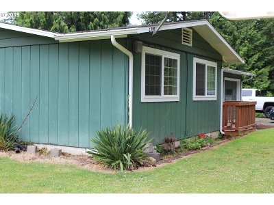 Coquille Single Family Home For Sale: 57246 Valley View Rd