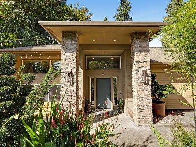 West Linn Single Family Home For Sale: 4400 Calaroga Dr