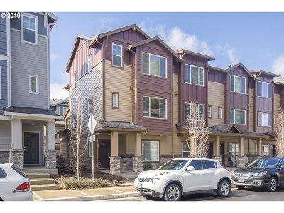 Condo/Townhouse For Sale: 183 NE 79th Ave