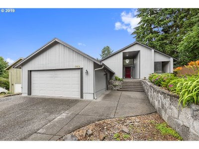 Oregon City, Beavercreek Single Family Home For Sale: 13452 Applegate Ter