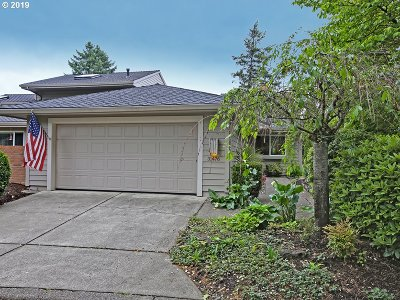 Wilsonville Single Family Home For Sale: 31476 SW Old Farm Rd