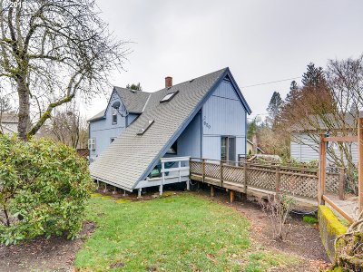 Portland Single Family Home For Sale: 920 SW Taylors Ferry Rd