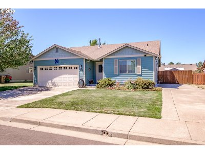 Sweet Home Single Family Home For Sale: 1252 41st Ave