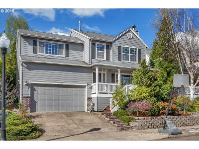 Clackamas Single Family Home For Sale: 14905 SE Stanhope Rd