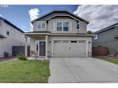 Bend Single Family Home For Sale: 61773 SE Camellia St