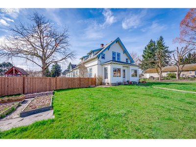 Yamhill Single Family Home For Sale: 415 E Main St