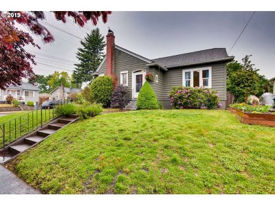 Portland Single Family Home For Sale: 3442 NE 67th Ave