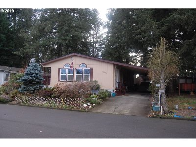 North Plains Single Family Home For Sale: 31920 NW Meadow Dr