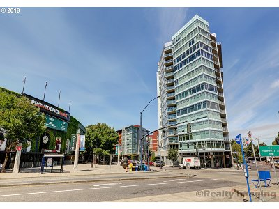 Portland Condo/Townhouse For Sale: 1926 W Burnside St #1216