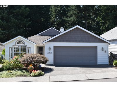 Vancouver Single Family Home For Sale: 3016 SE Baypoint Dr