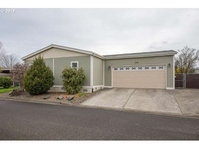 Newberg, Dundee, Mcminnville, Lafayette Single Family Home For Sale: 1881 SW Cooper Dr